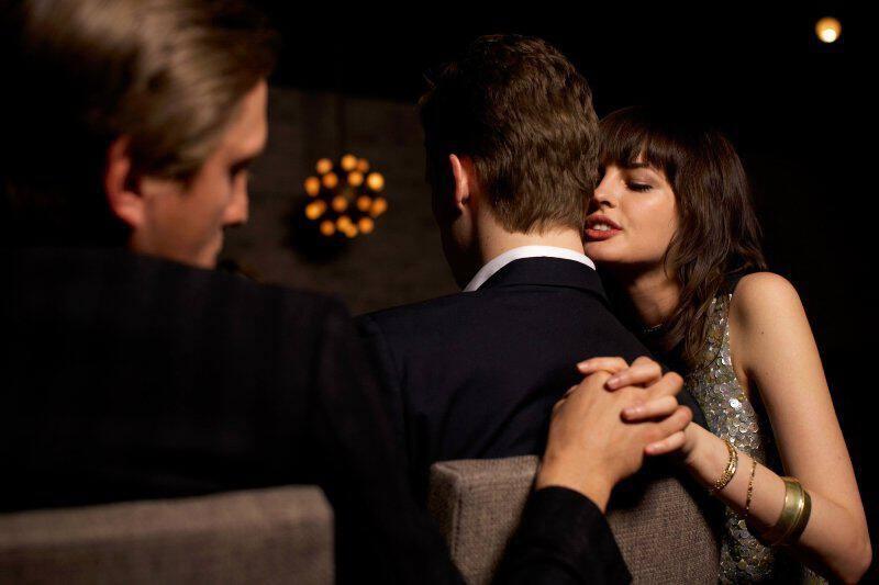 Πώς να μάθετε αν ο άντρας σας είναι σε ιστοσελίδες γνωριμιών δωρεάν dating πάνω από 60